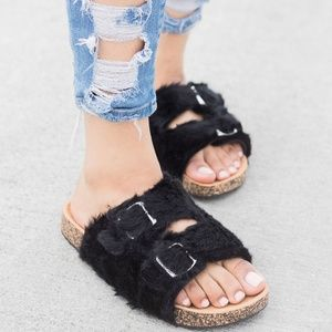 Double Buckles Faux Fur Platform Flat Sandal Shoes